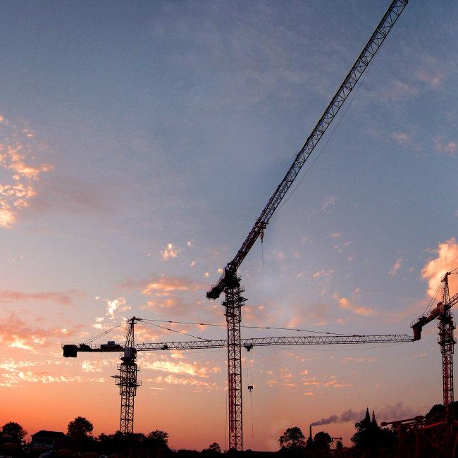 塔吊工业施工图片